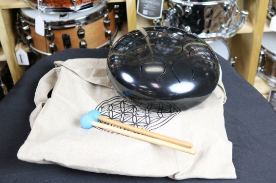 Universal Percussion Cannon Steel 10'' Tongue Drum with case