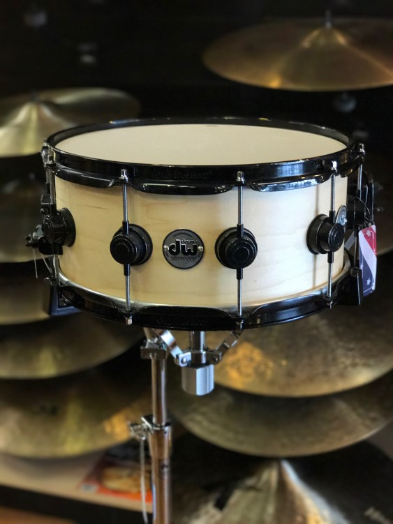 DW Drum Workshop Collectors Series 6x14 Maple Snare Drum in Satin Oil With Black Hardware