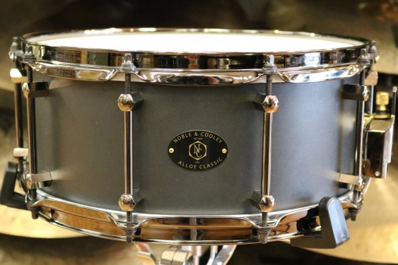 Noble and Cooley Alloy Classic 14 x 6 Black Snare Drum