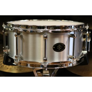 Noble and Cooley Alloy Classic 14 x 6 Flanged Chrome Snare Drum