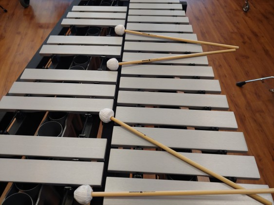 Used Adams 3.0 Octave Vibraphone on a Endurance Field Frame w/ no Motor