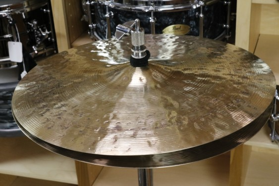 "Meinl 15"" Byzance Foundry Reserve Hi hat Cymbals-Demo of Exact Cymbal - Top, 960g - Bottom, 1300g"