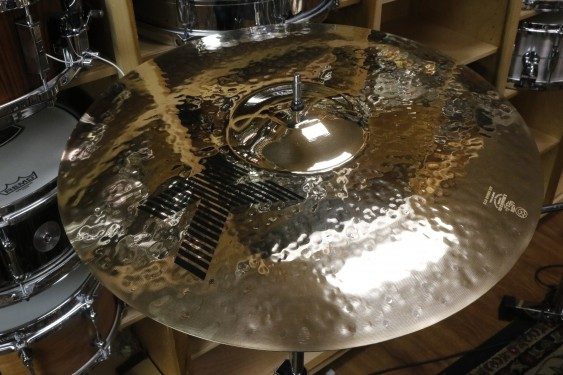 "Zildjian 18"" K Custom Fast Crash-Demo of Exact Cymbal-1252 grams"