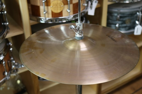 "Zildjian 14"" A Avedis Hi-Hat Pair Cymbal - Demo of Exact Cymbal - Top - 887g - Bottom - 1186g"
