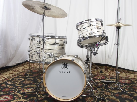 """Sakae Trilogy Series Bop Kit 12"""" 14"""" 16"""" 18"""" with 5.5x14"""" Snare - Mint Oyster Pearl (FREE 16"""" FLOOR TOM!)"""