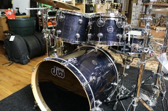 DW Drum Workshop Performance Series Drum Set in Ebony Stain