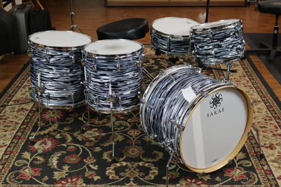 Sakae Trilogy Series Street Kit, 14x20 Bass, 8x12 Tom, 14x14 Floor, 16x16 Floor, 5.5x14 Snare Drum, Black Oyster Pearl