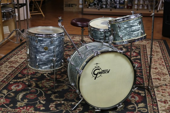 Vintage 1964 Gretsch Kit, 20, 12, 14, 5X14, w/hardware and cases, Sky Blue Pearl, VGC