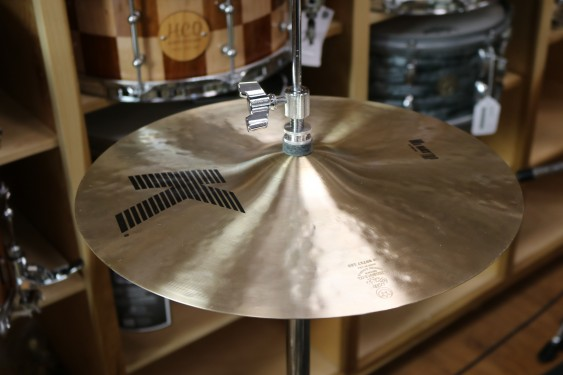 "Zildjian 14"" K Zildjian Hi Hat Pair - Demo of Exact Cymbal - Top - 1079g - Bottom - 1369g"