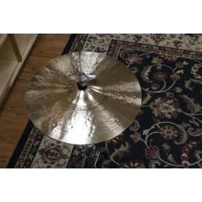 Paiste 14 Signature Dark Crisp Hi-Hat-Demo of Exact Cymbal-Top Hi Hat, 898g - Bottom Hi Hat, 1471gB