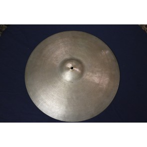 "Used **Very Thin** Zildjian K Istanbul 14"" Hi Hats - 631 grams top, 677 grams bottom. No cracks, small bell hole."