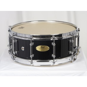 Pearl 14x5.5 Concert 6-Ply Maple Snare Drum