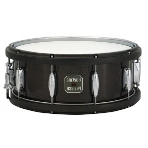 Gretsch 5.5X14 Maple With Wood Hoops Gloss Ebony Snare Drum